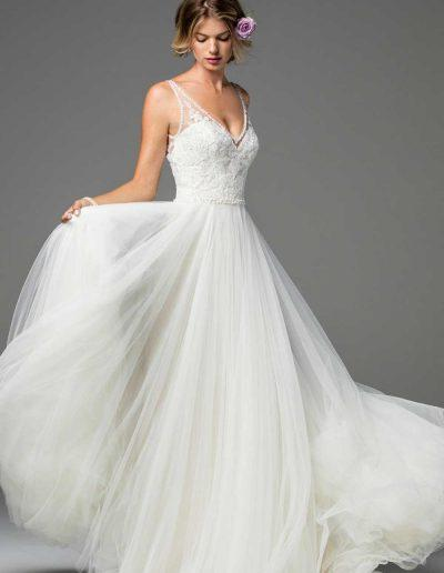 TwooWatters Lochlin Wedding Dress 3