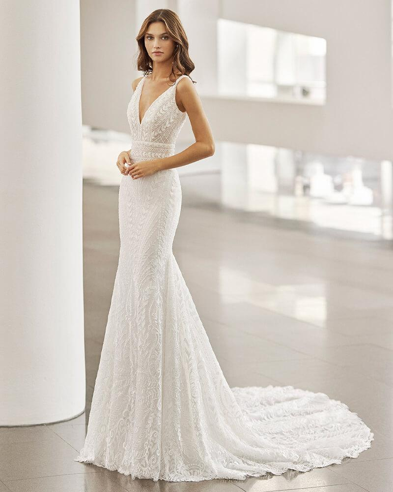 neila modern wedding dress from the 2022 Rosa Clara Collection